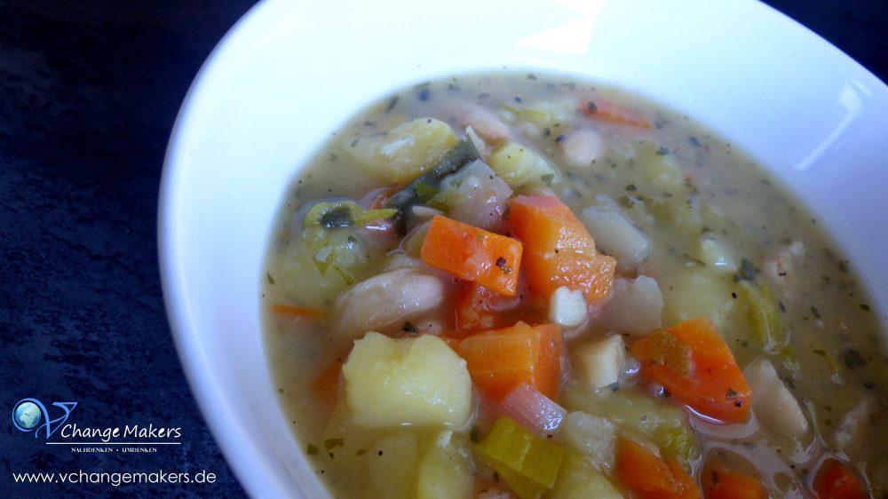 Rezept: Möhren-Kartoffel-Suppe-Eintopf