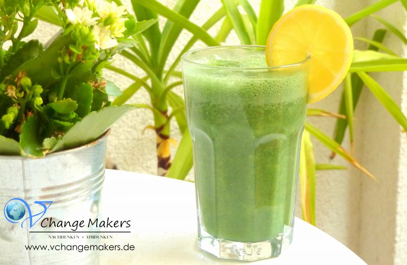 green-smoothie-grüner-smoothie-Shake1