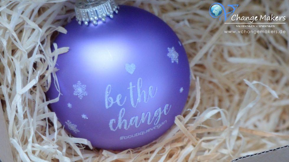 Geschenktipp für Unentschlossene, die noch Geschenke für Weihnachten suchen. Boutique vegan Box mit veganen Produktneuheiten in limitierter Auflage!