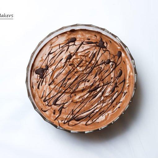 Geniales Rezept für veganes Mousse au Chocolat mit nur 3 Zutaten und ohne Tofu! Süßes Nachspeise, die jeden überzeugt! Ganz einfach und unheimlich lecker.