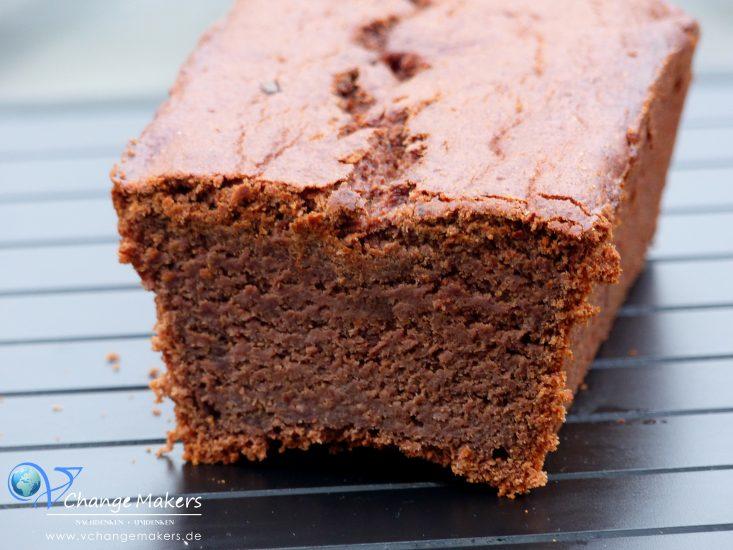 Rezept: Sooo saftiger Schokoladen-Bananen-Kuchen -wenig Zucker vegan