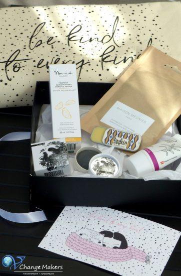 Erfahrt was euch bei der Vegan Beauty Box erwartet. Ich habe sie gewonnen und berichte euch von dem Inhalt. Tolle hochwertige vegane + tierversuchsfreie Beauty Produkte!