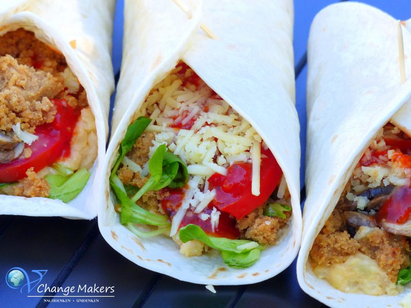 Rezept: Kartoffel-Hack-Wraps vegan – Moodley Manor More-ish Mince