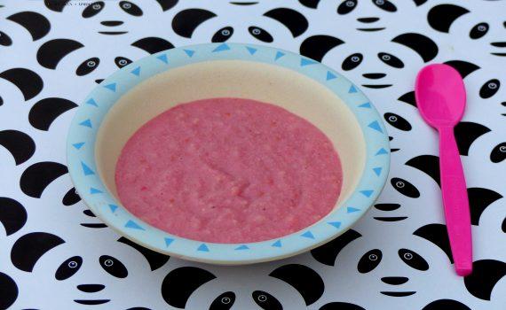 Fruchtiger geFruchtiger gesunder veganer Frühstücksbrei für euer Baby! Für einen perfekten Start in den Tag! Der Babybrei ist reich an Eisen, Vitamin C und Kalzium
