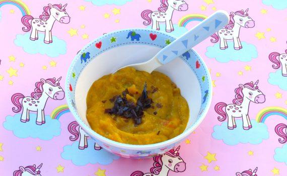 Rezept für einen gesunden veganen Babybrei als Mittagsbrei. Mit Möhren, Erbsen und Kartoffeln. Lässt sich super in größeren Mengen herstellen.