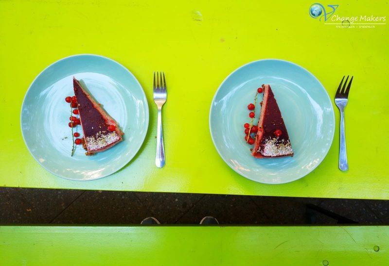 6 Tipps für vegane Lokale in Berlin! Velvet Leaf, Cupcakeladen, Jones Icecream, back.art, Kiez Vegan und dean&davin - bewertet nach Auswahl, Service, Preis
