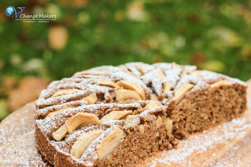 Rezept Saftiger Mandel Griess Apfelkuchen Mit Wenig Zucker Vegan
