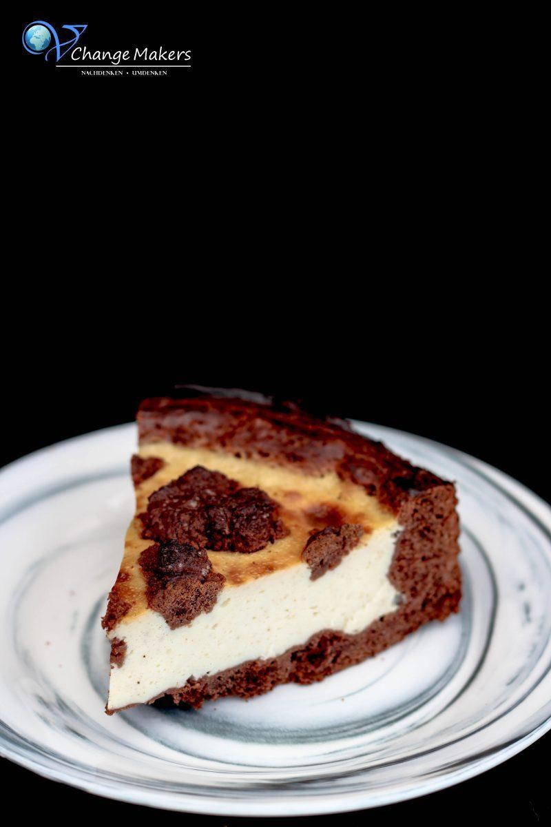 Ein einfaches geniales Rezept für veganen Russischen Zupfkuchen. Kalorienärmere Füllung als bei anderen Rezepten. IDEAL auch für veganen Käsekuchen.