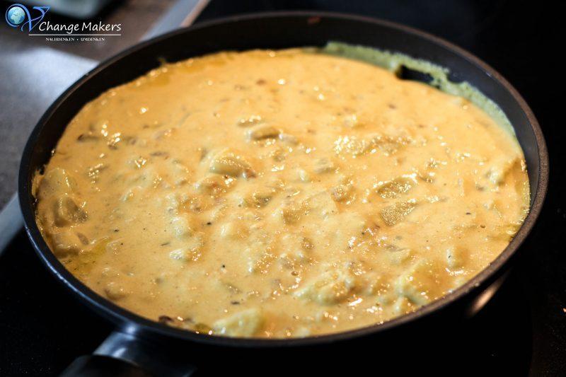 Einfaches Rezept mit wenigen Zutaten für eine spanische vegane Tortilla, die kalorienarm ist und ultralecker! Keine UNMENGEN an EIERN und ÖL!