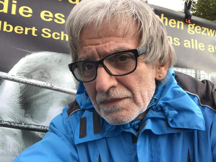 Karl lebt vegan, weil er ein Überleben für unsere nächsten Generationen auf unserem Planeten sichern will. Erfahrt mehr über seine Sichtweise.