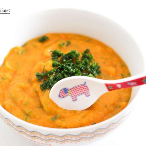 Vitaminreiches Mittagessen für (vegane) Kinder: Kürbis - Möhren - Kartoffelsuppe mit vielen wichtigen Nährstoffen. Schnell gemacht und ultra lecker.