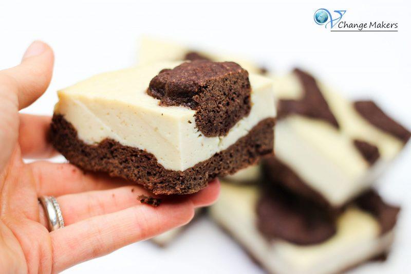 Geniales Rezept für einen veganen russischen Zupfkuchen als Blechkuchen. IDEAL für Partys, Geburtstage und sämtliche Veranstaltungen