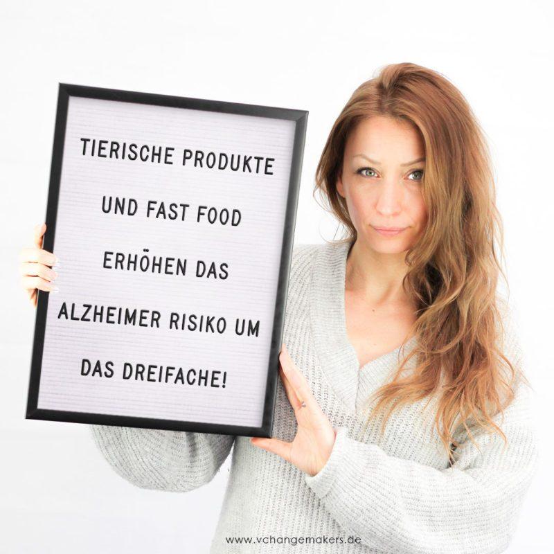 Wie der Konsum von tierischen Produkten und Fast Food unser Gehirn zerstört. Das Risiko von Alzheimer und Demenz. 6 Tipps gegen das Vergessen!