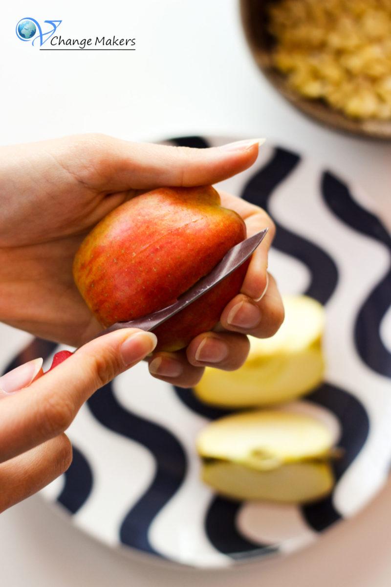 5 ganz einfache und super leckere vegane Halloween Snacks. Auch ideal für Kinder! Ohne sonderbare Zutaten und schnell gemacht.