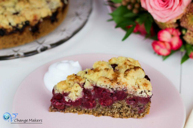 Rezept: Himmlischer Kirsch Streusel Grieß Kuchen – vegan